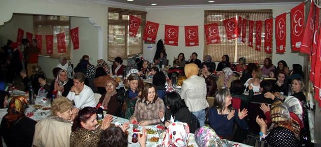 MHP'liler 8 Mart yemeğinde buluştu