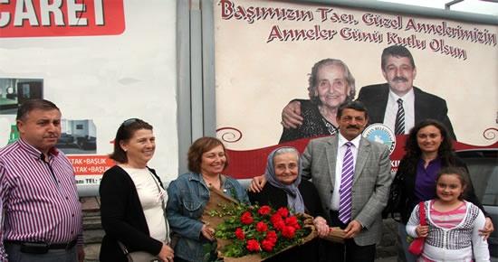 Müşerref Özdemir'e Anneler Günü sürprizi