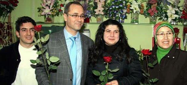 Özkan'dan Dünya Kadınlar Günü Kutlaması