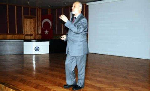 Prof.Dr.Karagözoğlu'ndan teknoloji, eğitim ve toplum konferansı