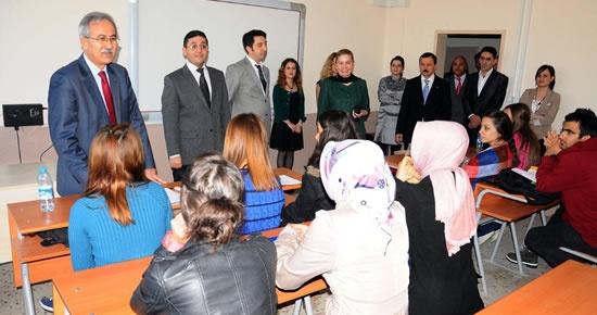 Rektör'den Sağlık Hizmetleri Meslek Yüksekokulu'na ziyaret