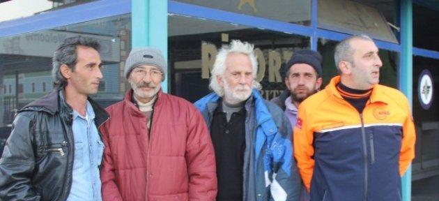 Yaylalarda Kar Nedeniyle Mahsur Kalan Vatandaşlar Tek Tek Helikopterle Kurtarılıyor