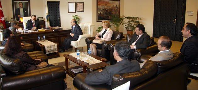 Sağlıkçılardan Başkan'a ziyaret