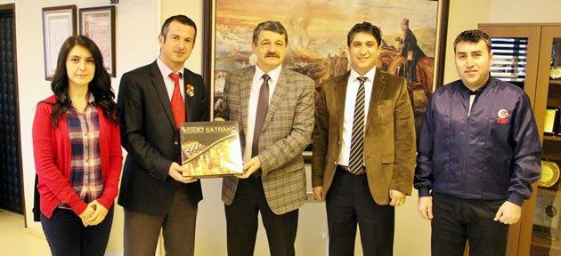 Satranç Federasyonundan Başkan'a Ziyaret
