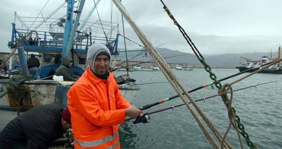 Sezon açılıyor, balıkçılar tepkili