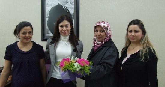 Sibel Tursun'a Kırşehşehirliler'den nezaket ve teşekkür ziyareti