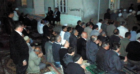 Şimşirli Camii'nde kandil coşkusu