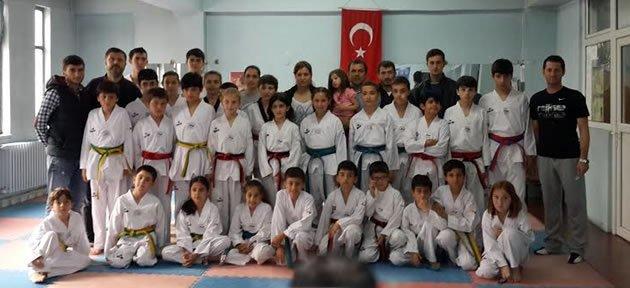 Taekwondo Kuşak Sınavı Yapıldı