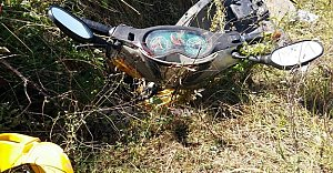 Motosiklet Su Kanalına Uçtu: 2 Yaralı