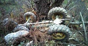 Traktöre silahlı saldırı: 2 ölü, 1 yaralı