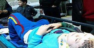 Okul çıkışı otomobilin çarptığı çocuk yaralandı