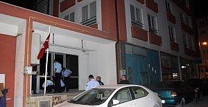 2 okul ile 6 yurt mühürlendi