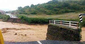Yıkılan Karaman Köprüsü Yeniden Yapılacak