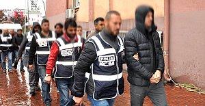 Gözaltına Alınan 9 Polis Adliyede