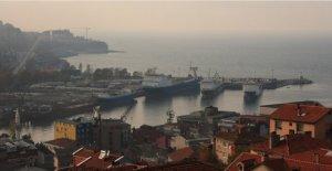 Sivastopol, Türkiye ile gemi bağlantısına başladı