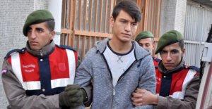 Ağabeyini namaz kılarken bıçaklayan sanık: Kazayla oldu