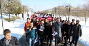 Üniversiteliler terör saldırılarını protesto etti