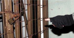 Yangın Merdivenindeki Asma Kilide Soruşturma