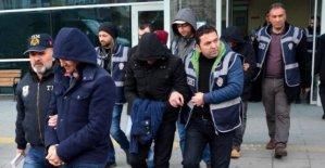 FETÖ operasyonunda 12 askere gözaltı