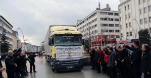 Halep'e insani yardım malzemesi