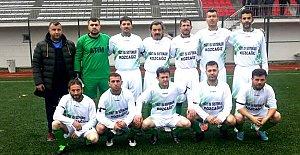 Kozcağızlı Veteranlar Akçakoca'yı Gole Boğdu:5-0
