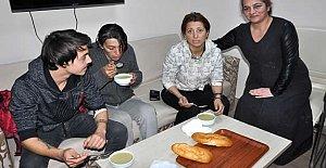 Açlık grevini çorba içerek sonlandırdılar