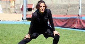 İran'da futsal oynadı, Türkiye'de futbola başladı