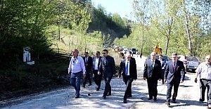 Kumluca Köy Yolları Genişletiliyor