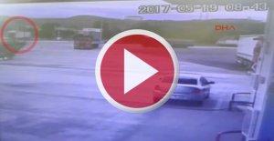 3 kişinin öldüğü feci kaza kamerada