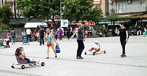 Festivalde Tahta Arabalar Yarıştı