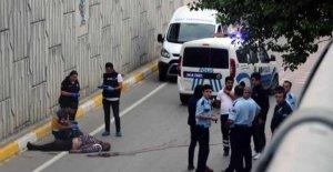 7 metreden yola düşen yaşlı adam öldü