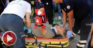 Hafif ticari araçla çarpışan cip devrildi: 2 yaralı