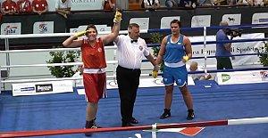 Şennur Avrupa Şampiyonu