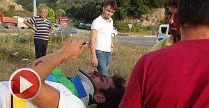 Takla atan motosikletteki 2 kardeş yaralandı