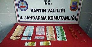 8 Burma Bilezik, 5300 Euro, 7200 TL Dolandırdı