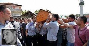 Üniformalarıyla Cenazeye Omuz Verdiler