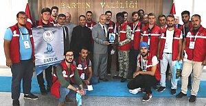 Üniversiteli Gönüllü Gençlerden Vali'ye Ziyaret