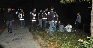 Yalı Parkı#039;nda Narko Sokak Operasyonu