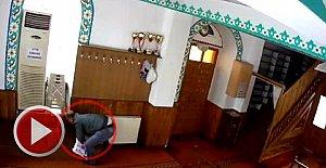 Camiden Hırsızlık Güvenlik Kamerasında