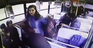Halk otobüsünde kalp krizi geçirdi