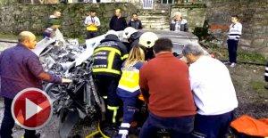 Beton mikserine çarpan sürücü yanmaktan kurtarıldı