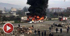 Halk otobüsü alev alev yandı