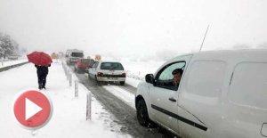 Kar Nedeniyle TIR Kaydı, Yol Kapandı