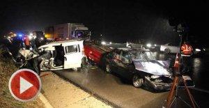 Zincirleme kaza: 1 ölü, 9 yaralı