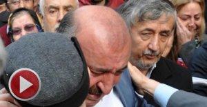 AK Partili Başkan, ağlayarak istifa etti