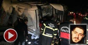 Lastiği patlayan kamyon devrildi, şoför öldü