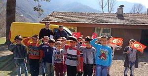 Minik öğrencilerden Afrin'deki Mehmetçiğe mektup