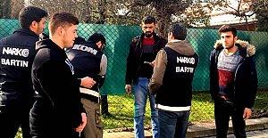 Polis Okul Çevrelerinde Göz Açtırmadı