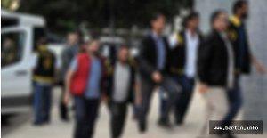 FETÖ operasyonu: 3'ü akademisyen 9 gözaltı