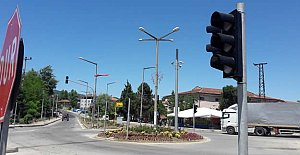 Kozcağız'a Trafik Lambaları